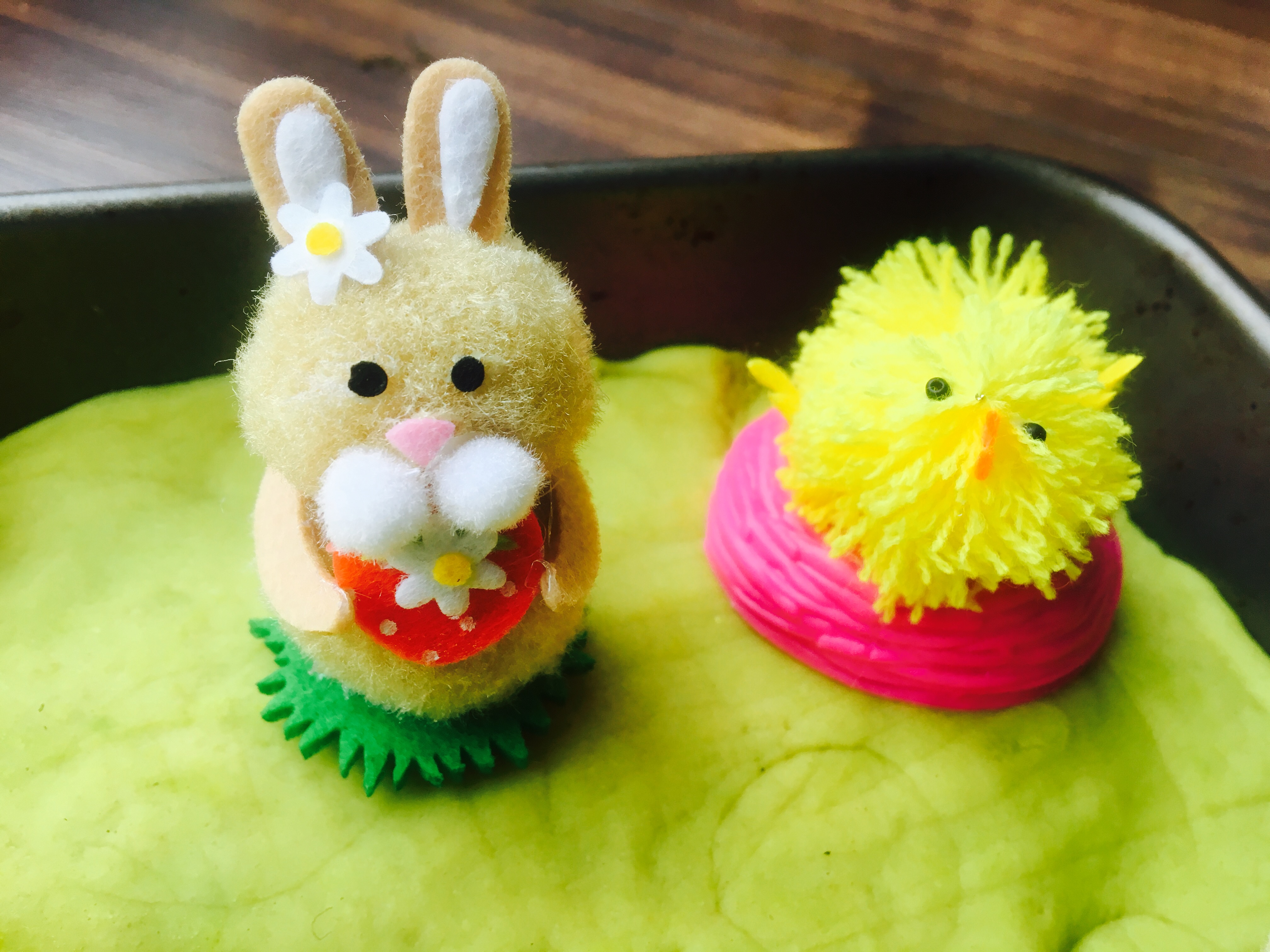 5 Easy Sensory Activities For Easter